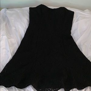 Lily Pulitzer - size 6 embroidered dress